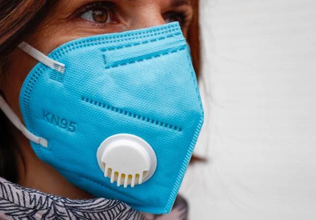 Companhias aéreas proíbem uso de máscaras com válvula