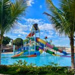 Parque aquático reúne águas termais com atrações rurais